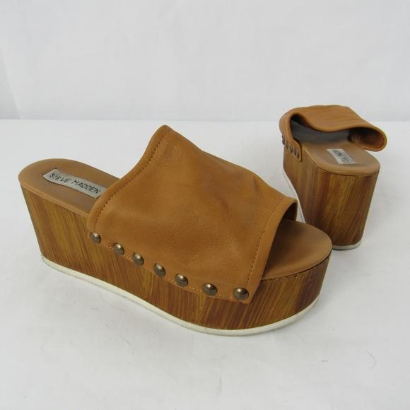 122f9c94066 Steve Madden Wooden Platform Wedge Sandals. M 5c494c99aa87702ed4306354
